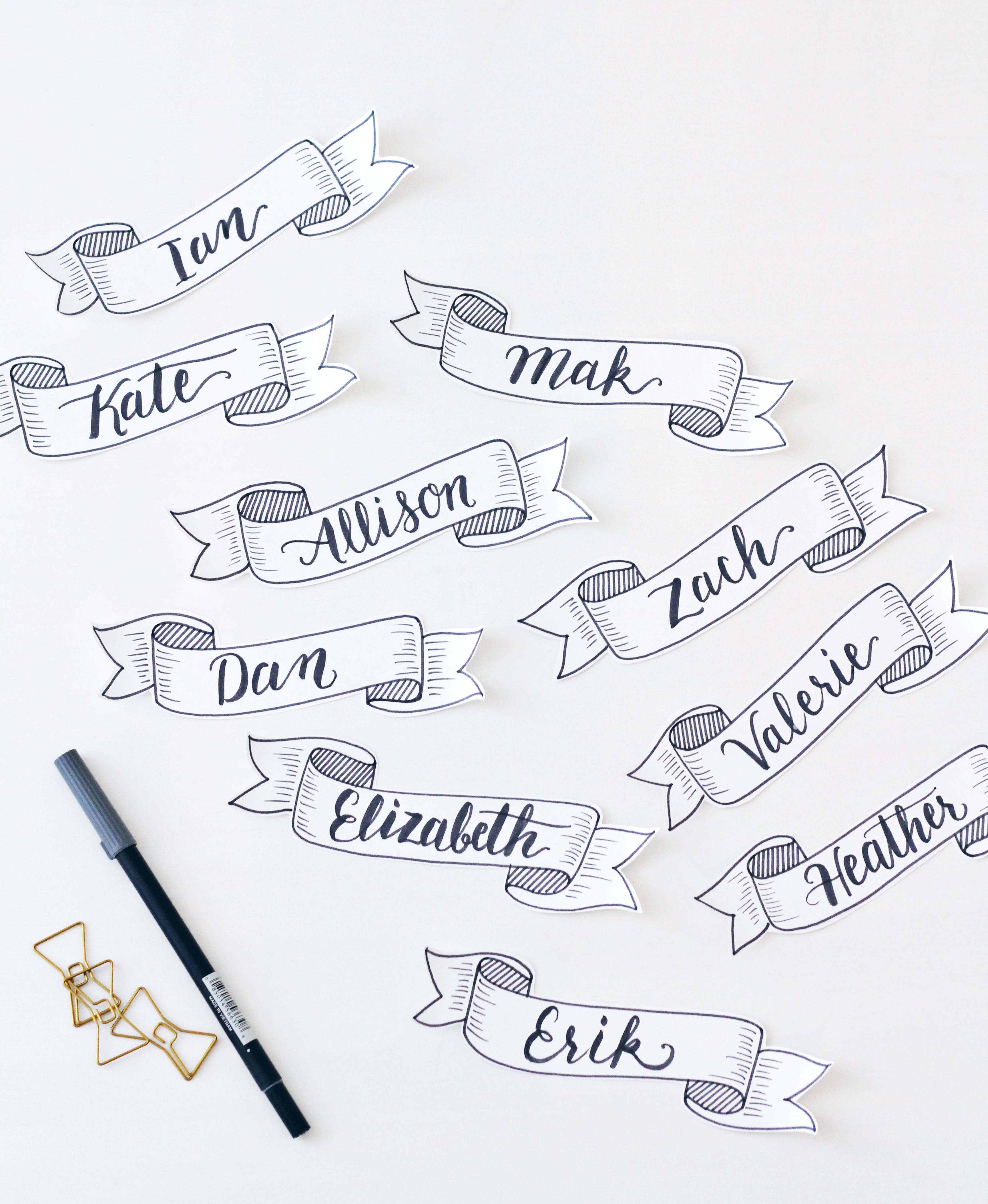 DIY hand lettered banner placecards