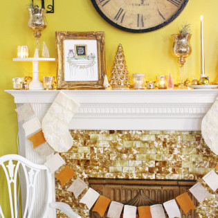 Holiday Mantel Styling Tips from The Virginia Lynn Co.