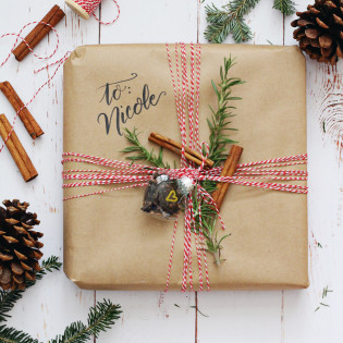 4 Kitchen-Themed Gift Wrapping Ideas