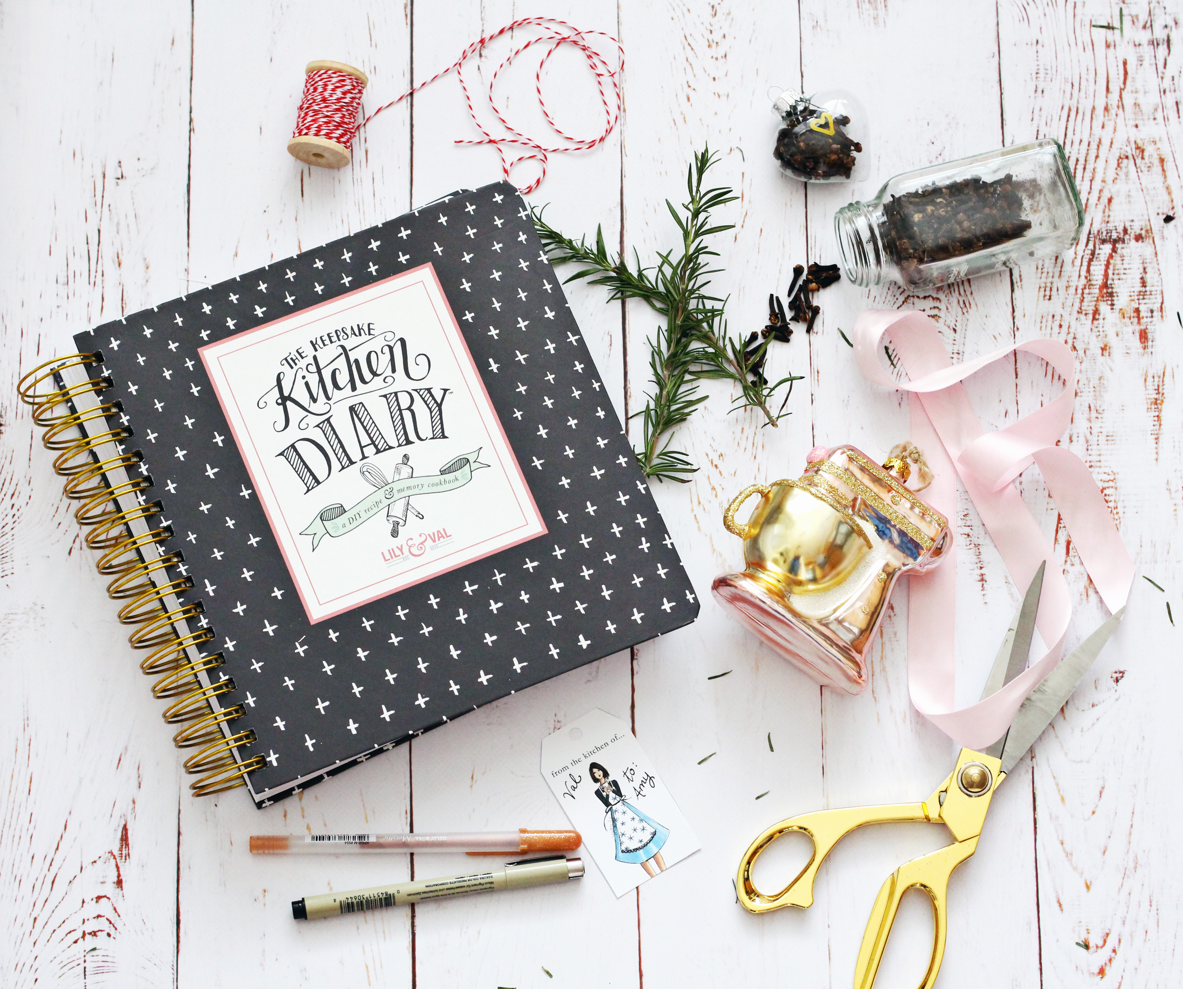 Ideas for wrapping your Keepsake Kitchen diary for the holidays