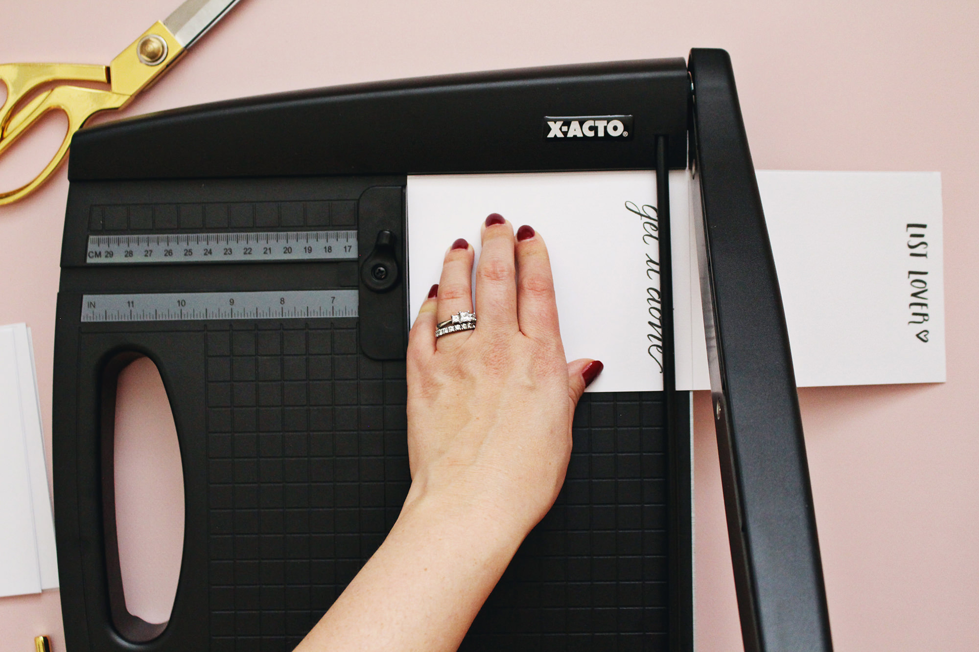 How-to for making hand lettered notepads