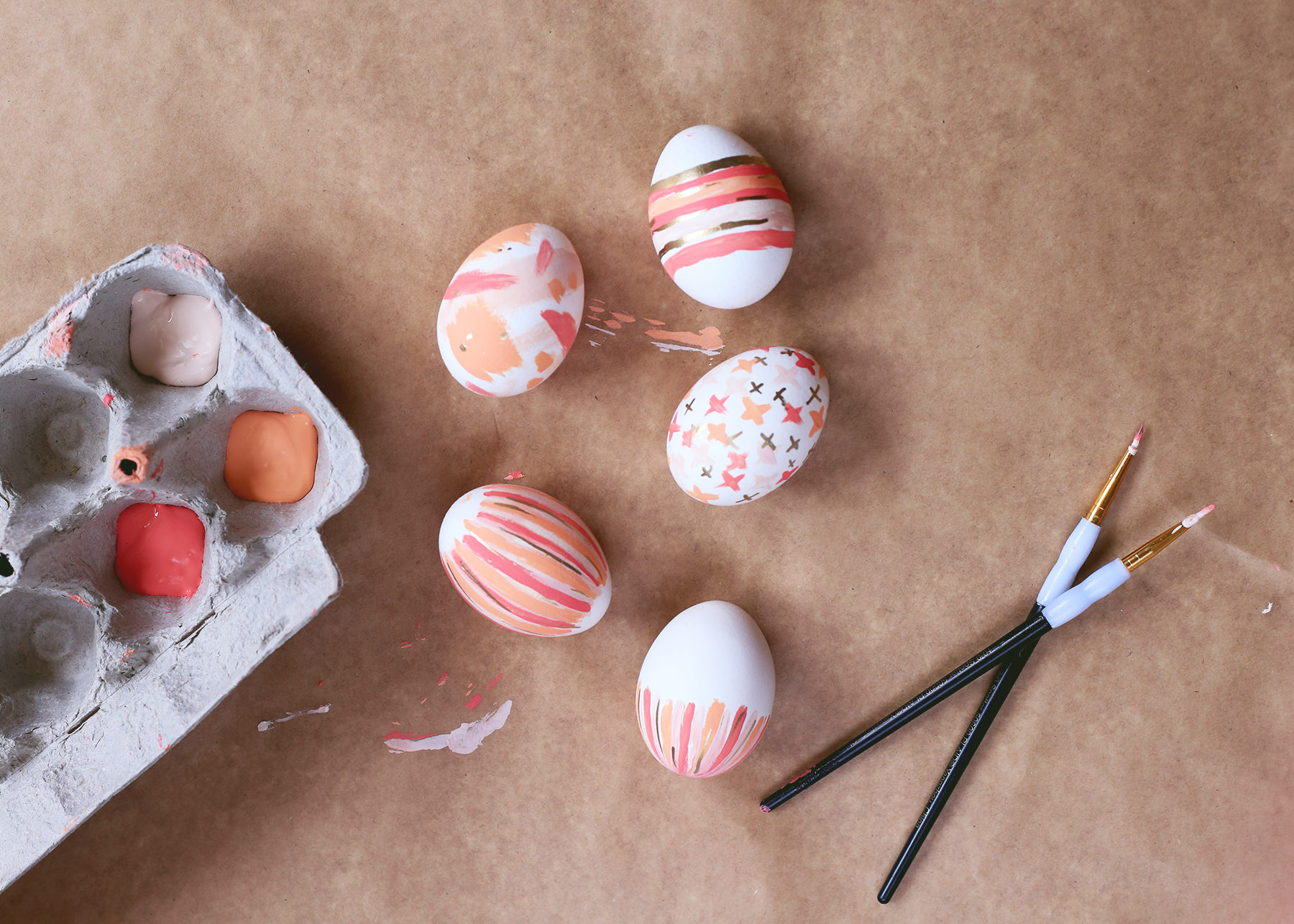 For an easy, dye free Easter DIY, grab some paint and follow these simple instructions!