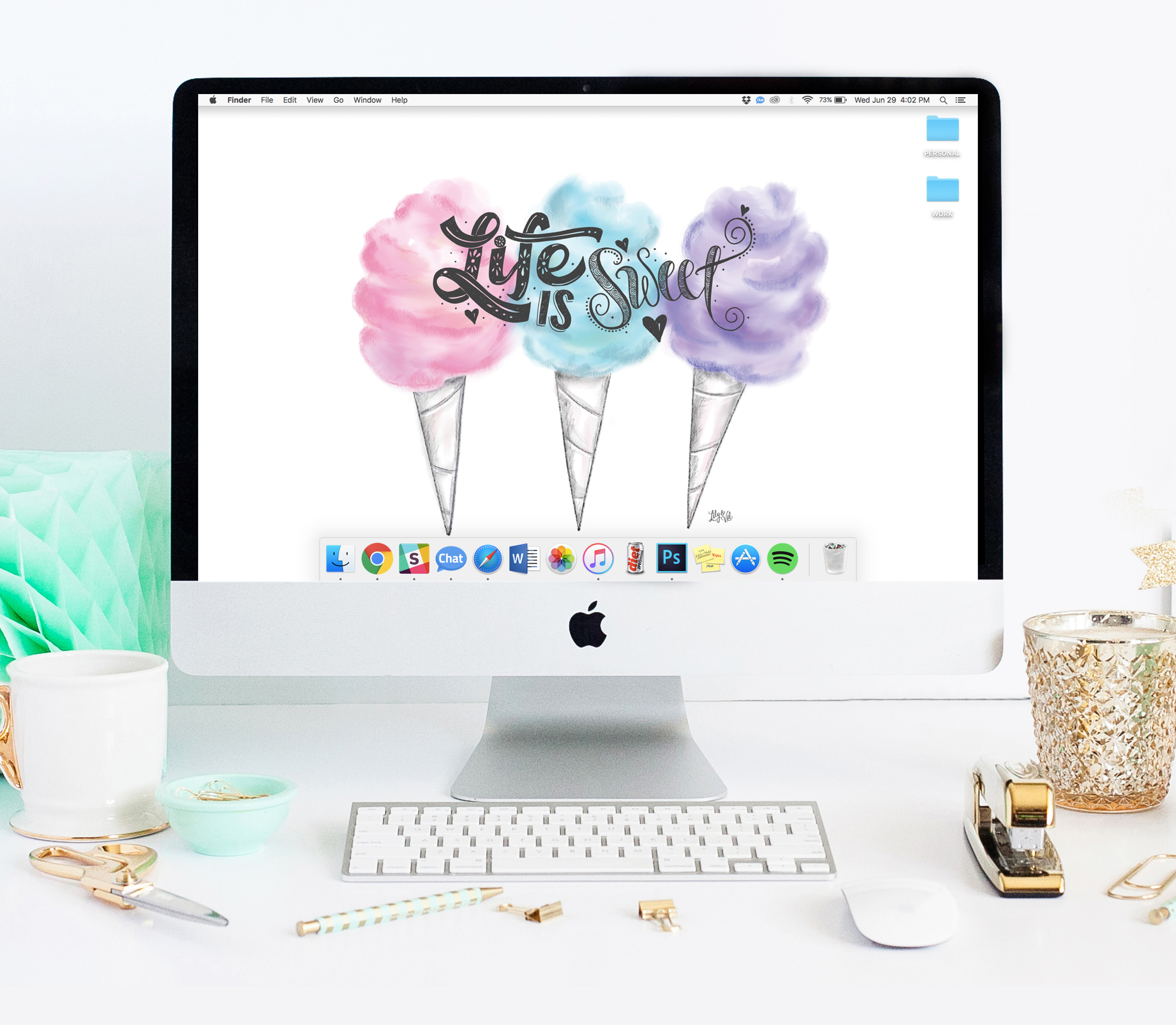 Dress your tech with something sweet! Free desktop wallpaper via Lily & Val Living!