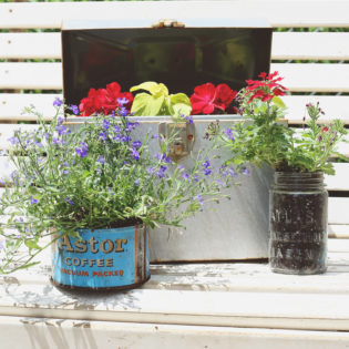 DIY Recylced Outdoor Planters