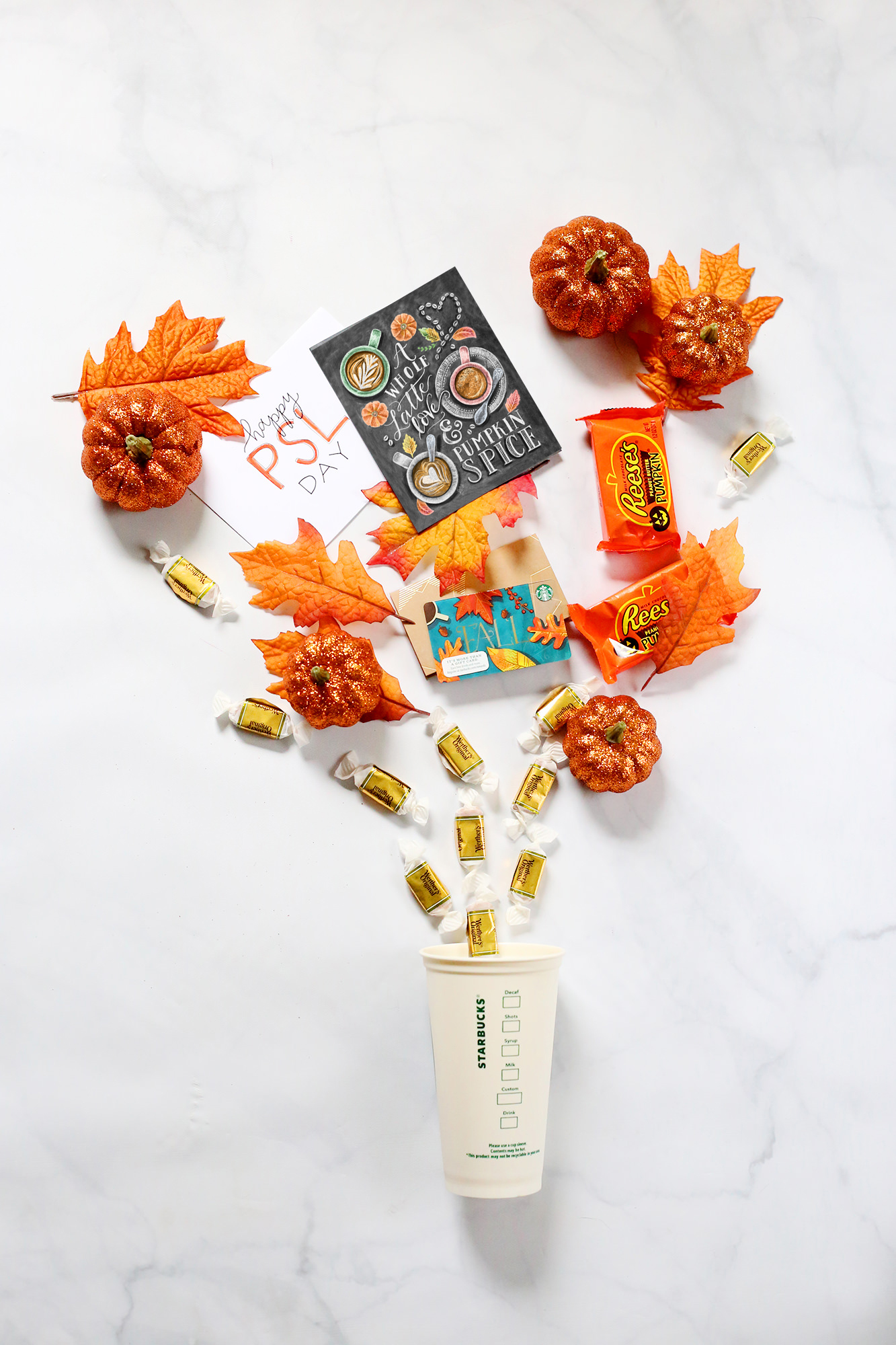 Celebrate Fall and all things Pumpkin Spice with a friend with this happy mail idea! // Lily & Val Living