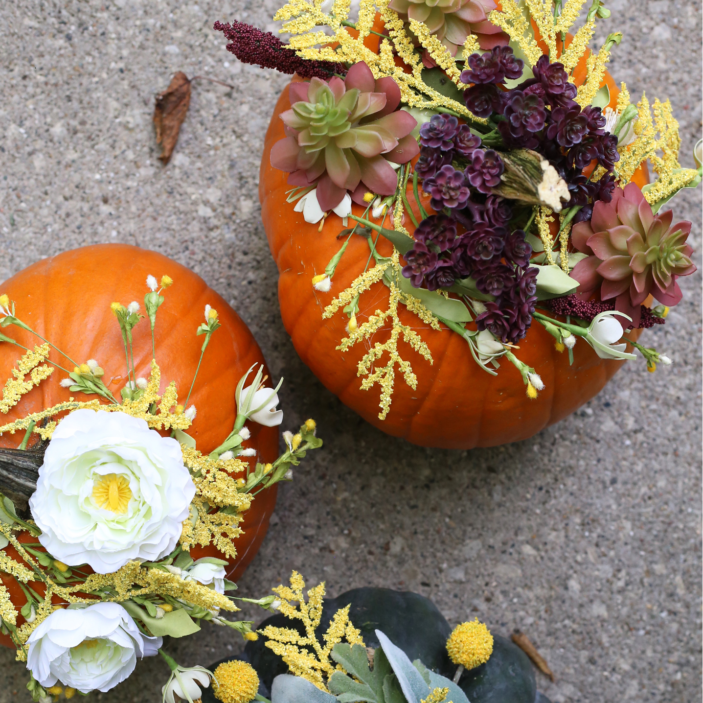 Mess free and simple steps make these DIY Floral Pumpkins a must try! Fall DIY project on Lily & Val Living!