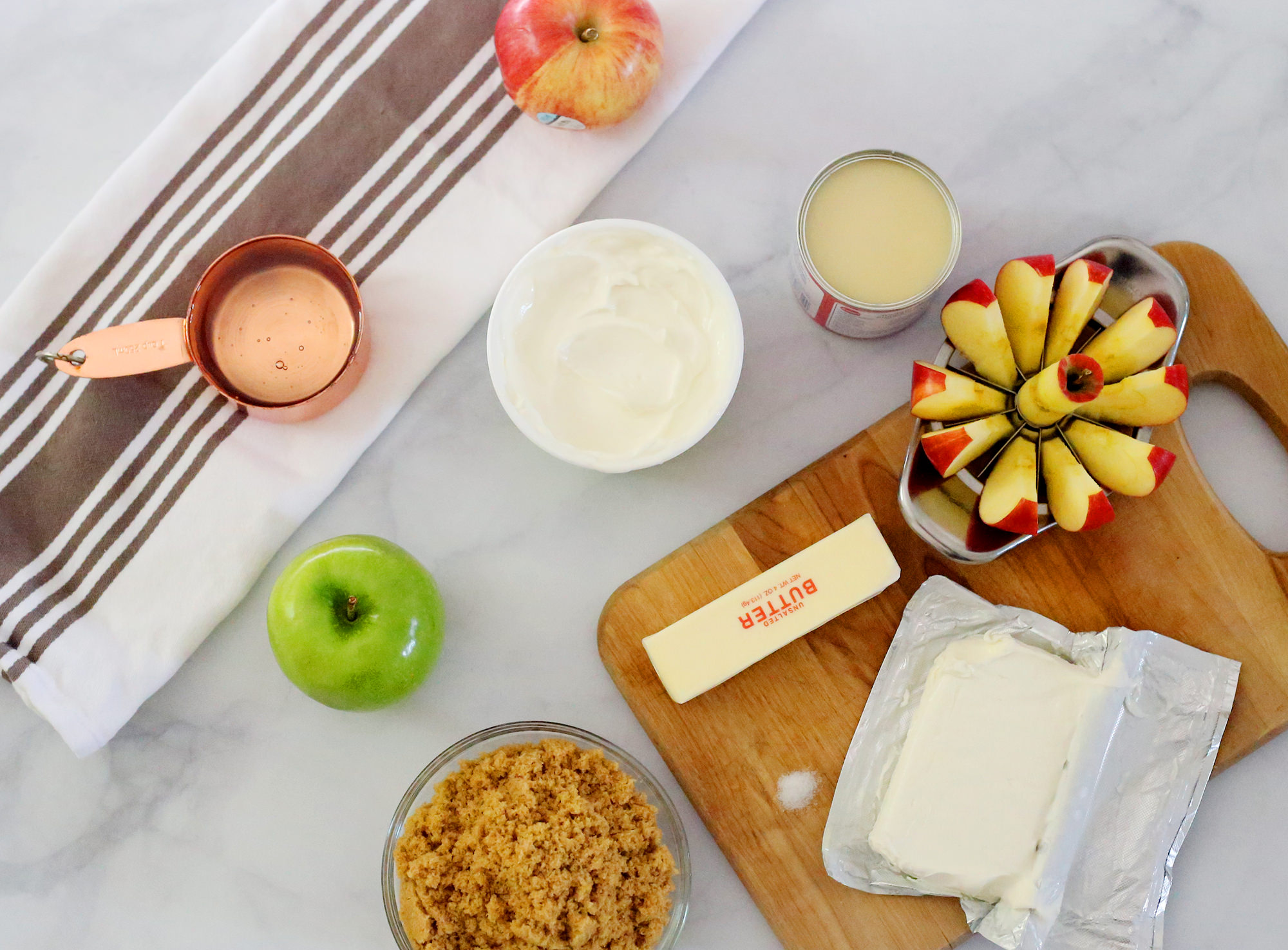 Ingredients for an easy caramel apple dip recipe via Lily & Val Living!