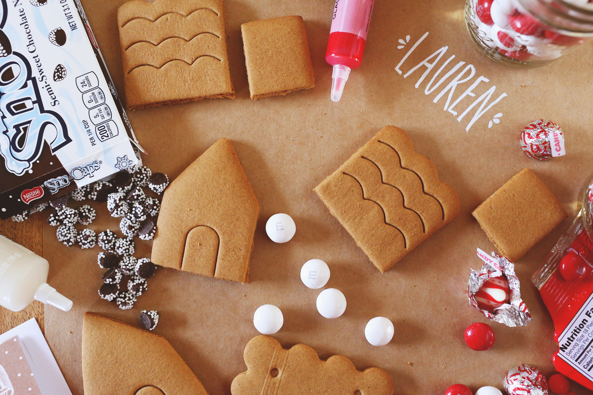 Thinking of hosting a gingerbread house party? Visit the blog for our three helpful tips!