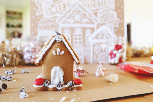 Gingerbread House Building Party + Cocktail Recipe
