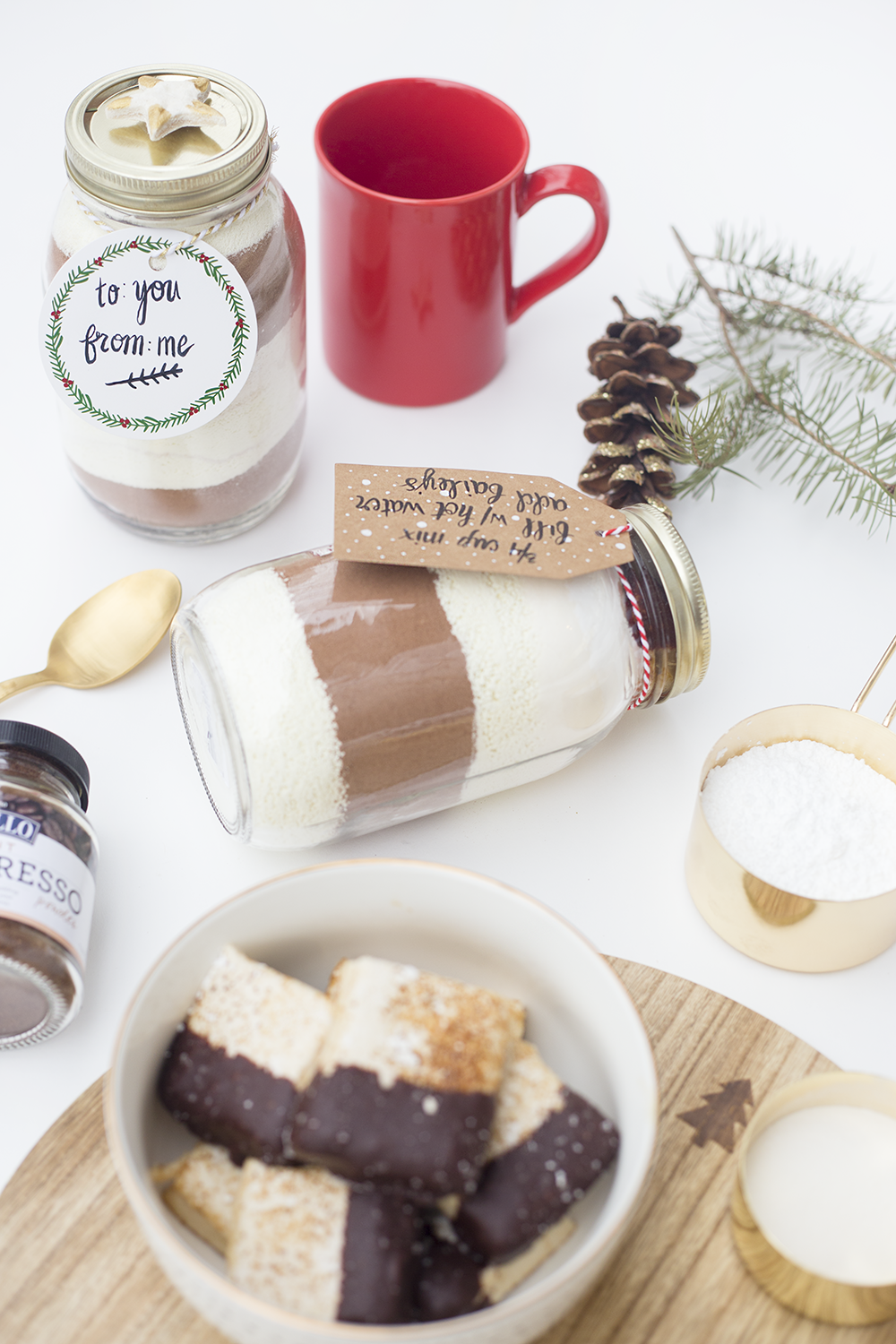 Need a last minute gift? Or just a great recipe? This is the creamiest hot chocolate you've ever tasted and when you layer it in a mason jar, it's an adorable gift! Click through to read the recipe!