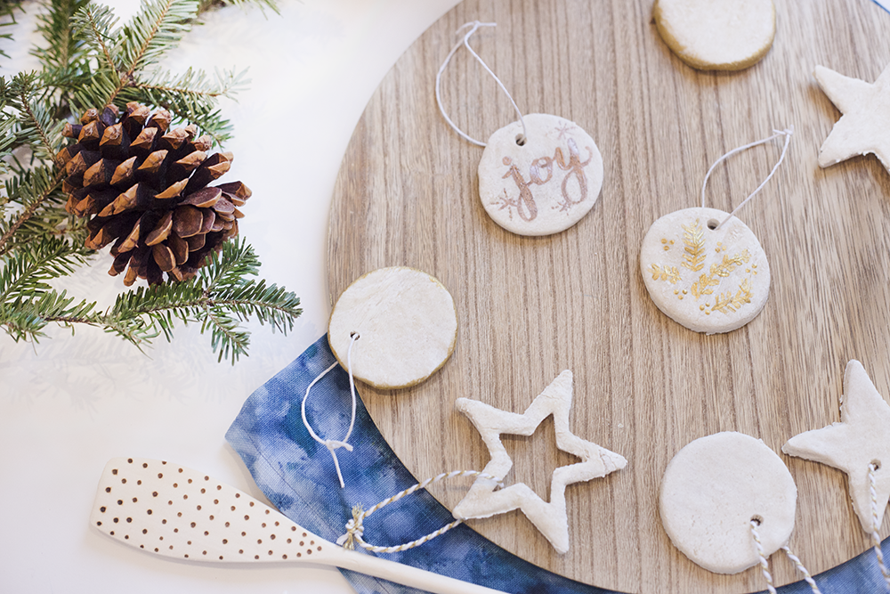 Remember the salt dough ornaments we used to make as kids? Well they're back - with a simple, elegant upgrade to bring a rustic nostalgic to your modern tree. Click through to see the recipe!