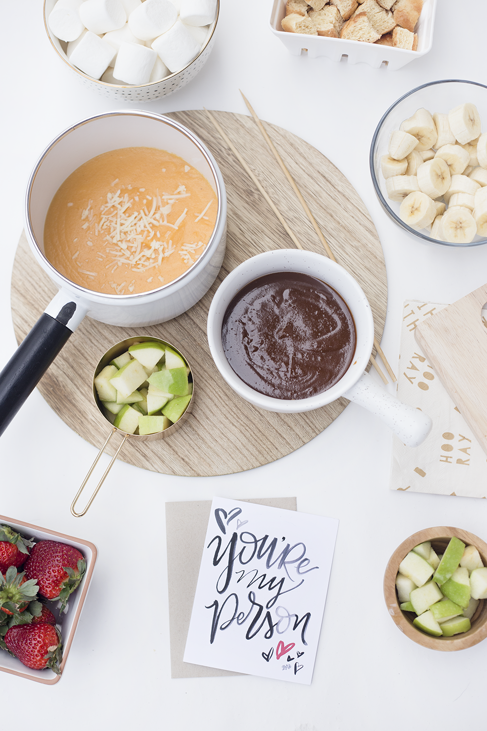 fondue for two | fondue recipes | date night ideas