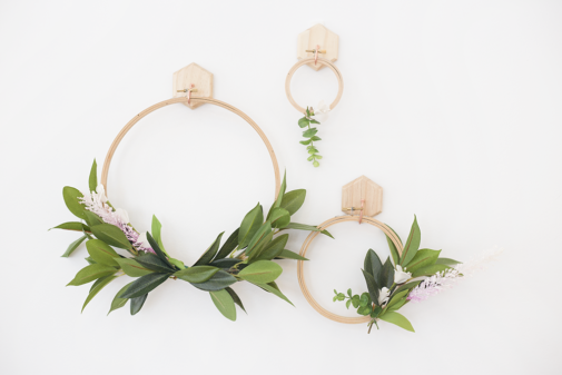 Make a Simple Spring Faux Wreath