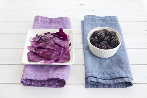 DIY Table Runner Using Natural Dyes