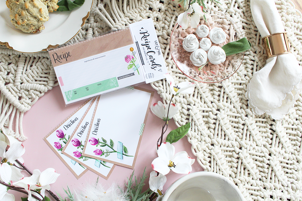 Bridal Shower Idea | How to use recipe cards to share your favorite dishes with the bride | Lily & Val hand-drawn floral recipe card