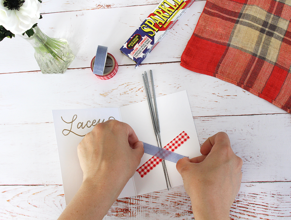 How to make these fun place settings for the Fourth of July: A DIY project from Lily & Val Living | hand-drawn Happy Sparkler Season card