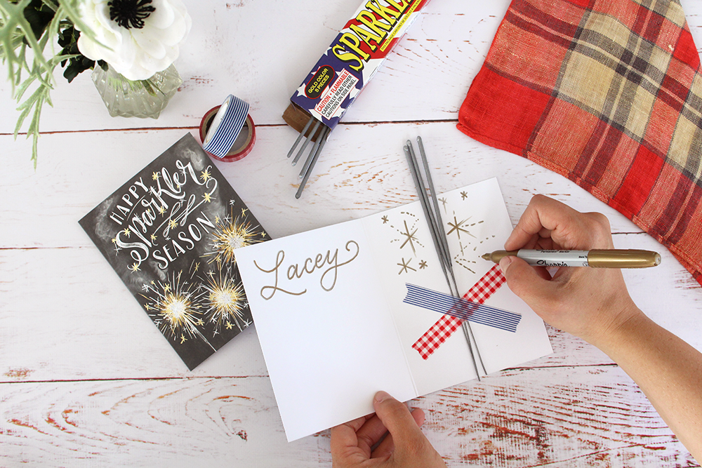 How to make these fun Fourth of July Place Settings : A DIY project from Lily & Val Living | hand-drawn Happy Sparkler Season card