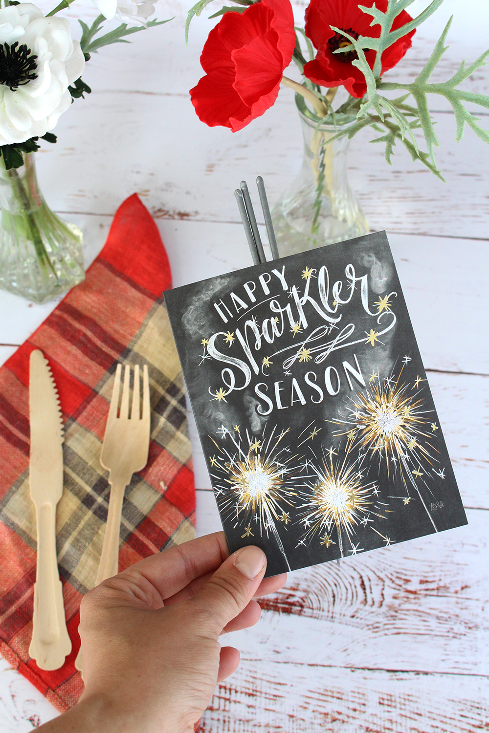 "Sparkler-themed place setting idea for the 4th of July. Inspiration for a cookout, get-together, party, or picnic. | fun, hand-drawn ""Happy Sparkler Season"" cards"