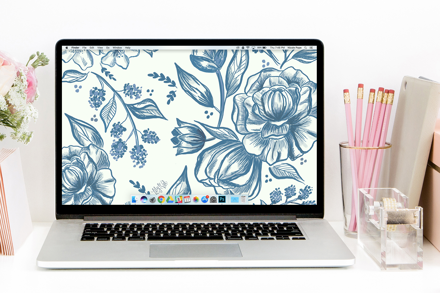 August's Blue Floral Free Desktop Wallpaper Download - beautiful hand-illustrated blue floral design