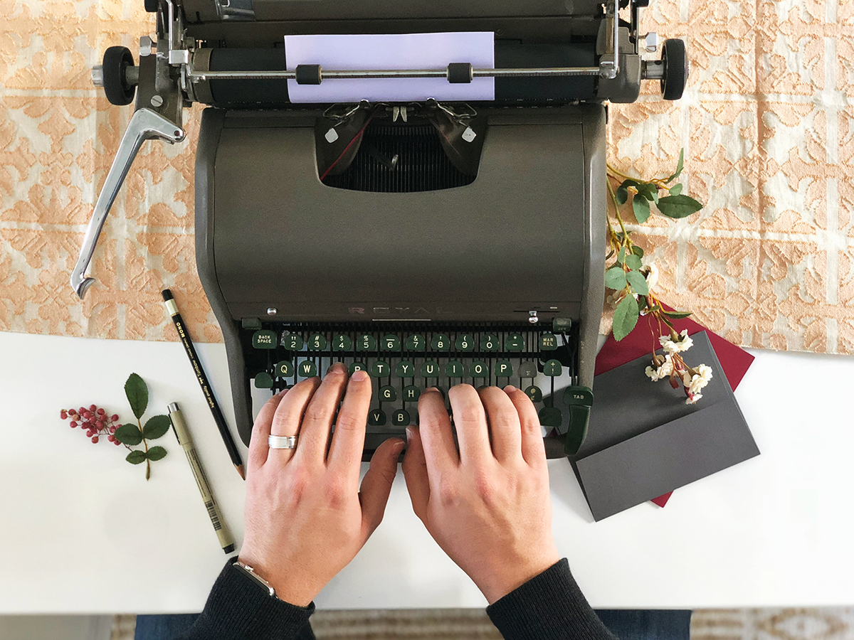 Bringing back the art of snail mail: Thoughts on Handwritten and typewritten notes