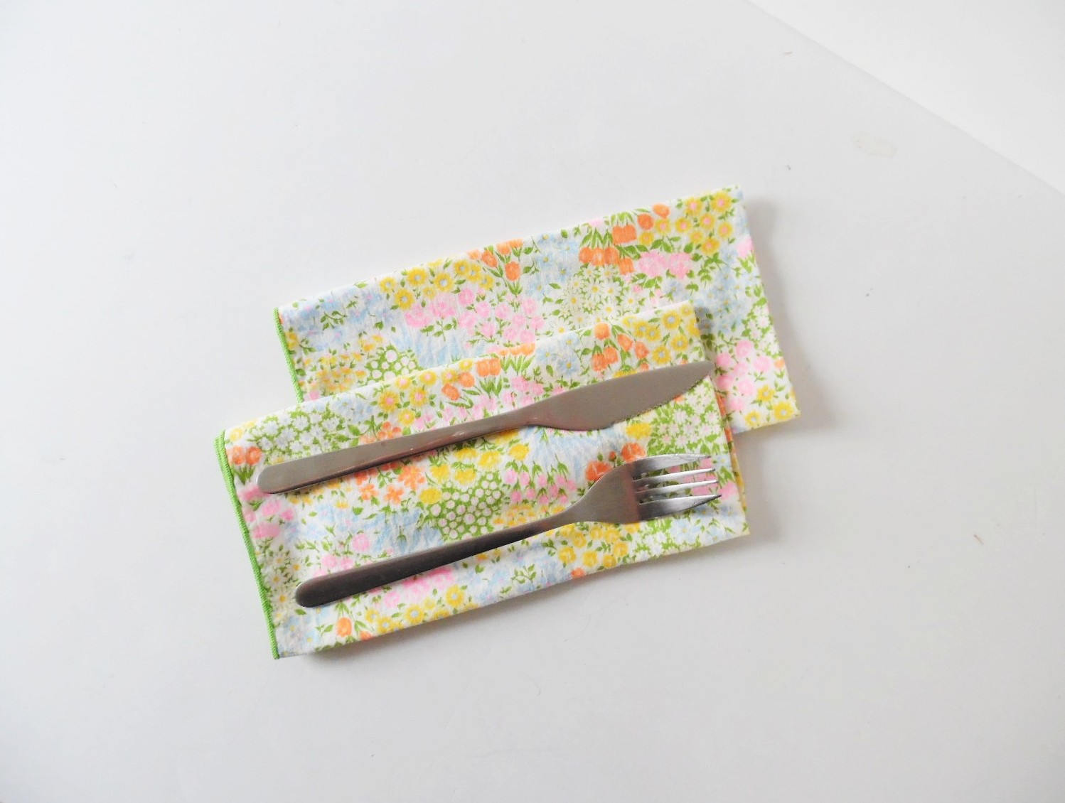 Vintage linen napkins for Spring
