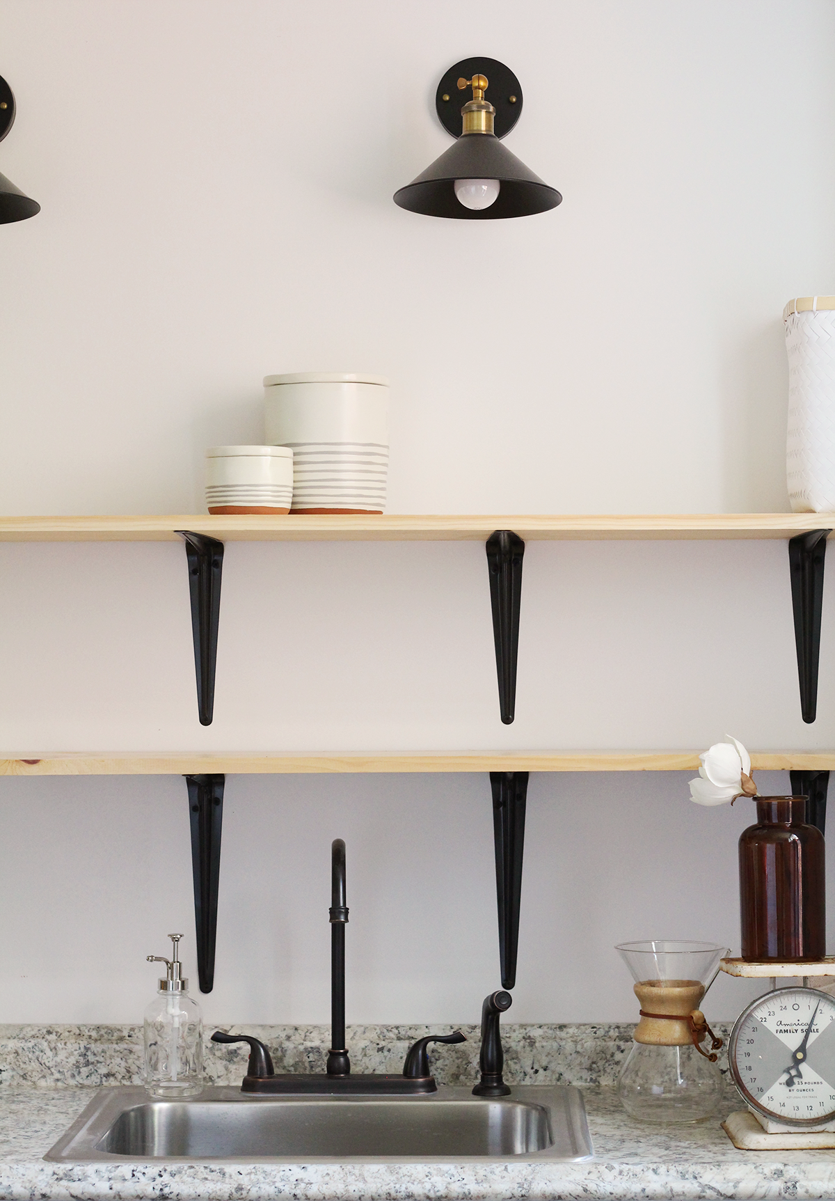 Learn how to decorate open kitchen shelves like a pro!