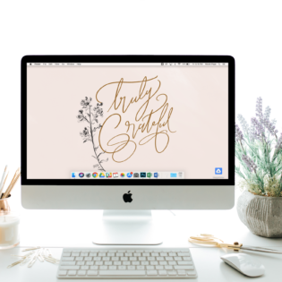 "November's ""Truly Grateful"" FREE Desktop Download"