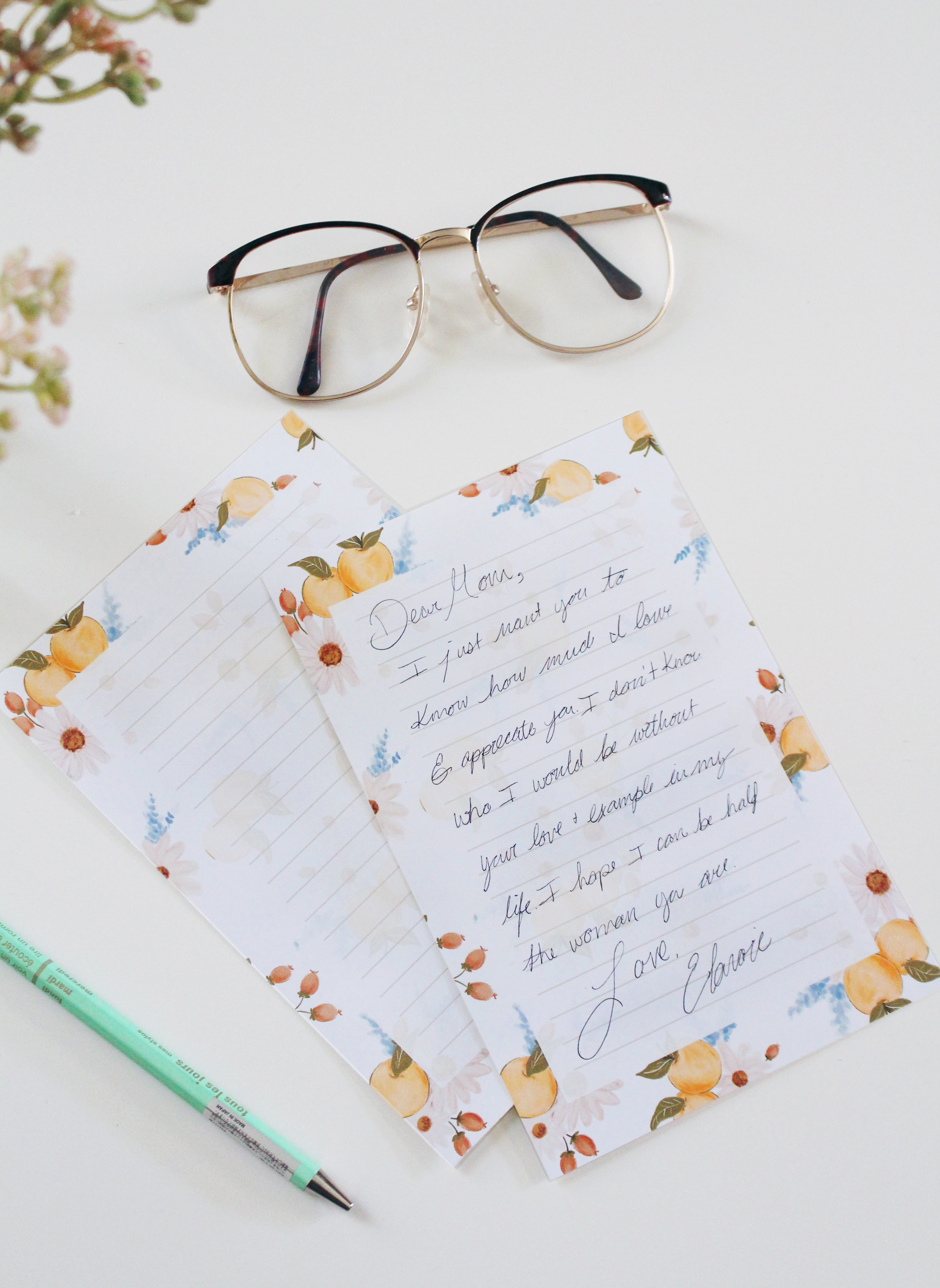 Download Our Pretty Printable Stationery Sheets for Letter Writing