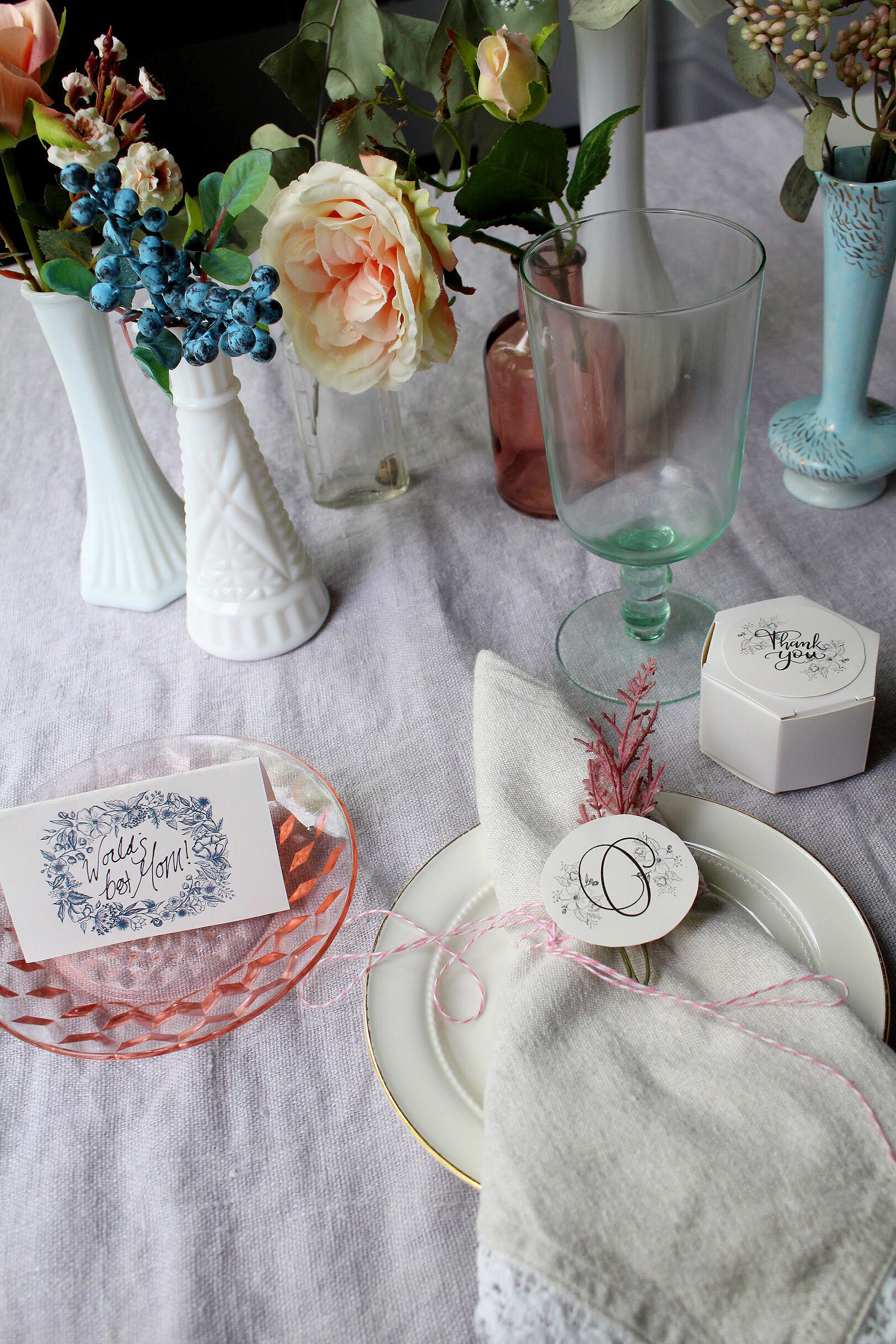 Wedding Downloads for your Mother's Day place setting