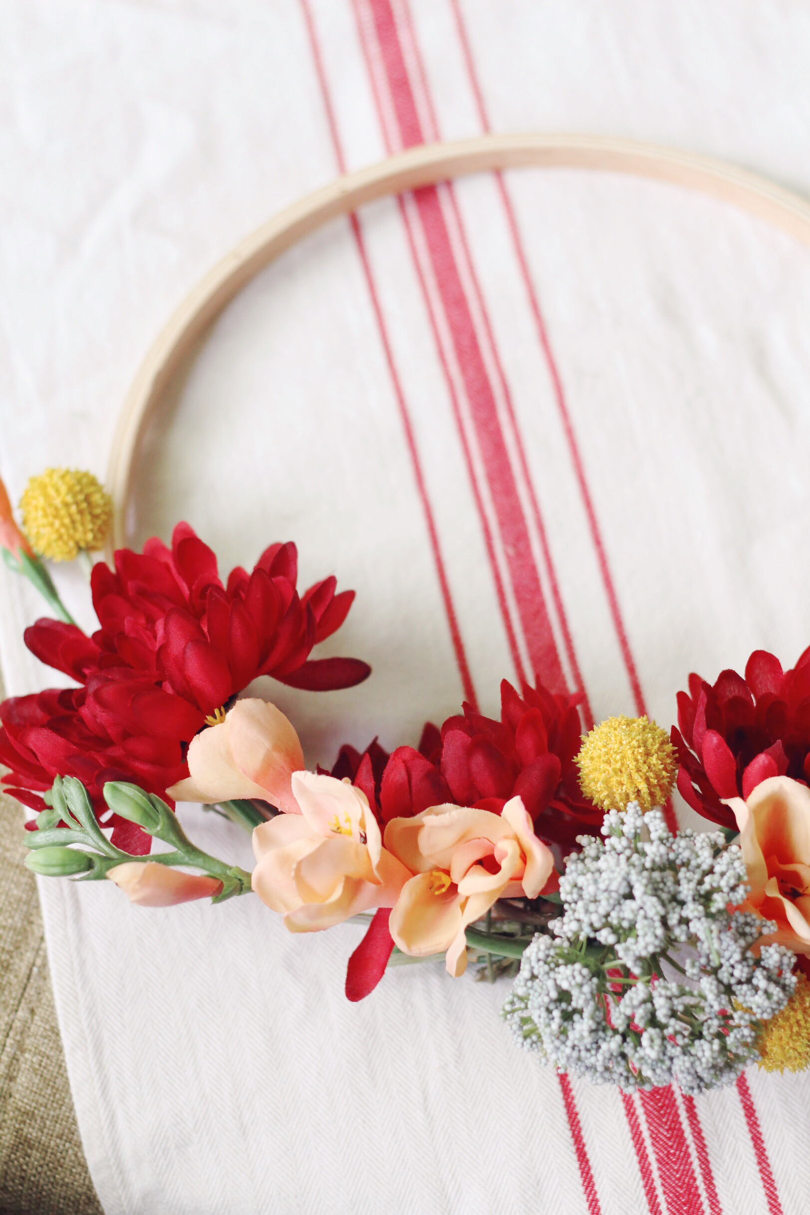 DIY Summer Wreath Tutorial