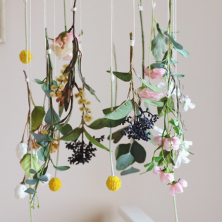 DIY Hanging Flower Mobile